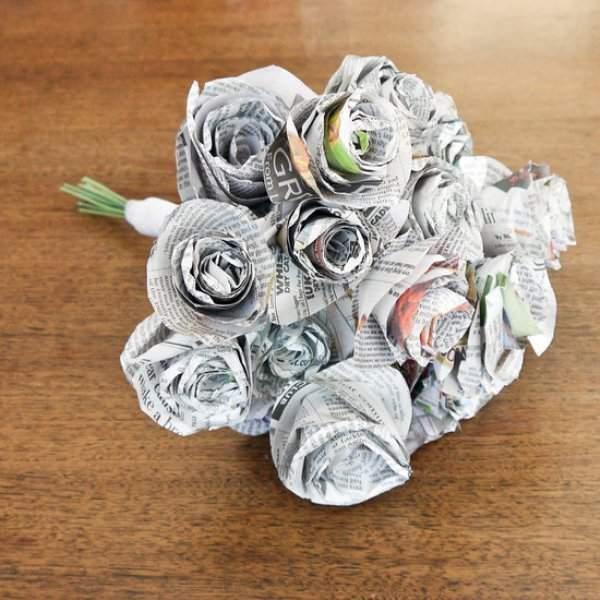 Цветы из журнальных страниц